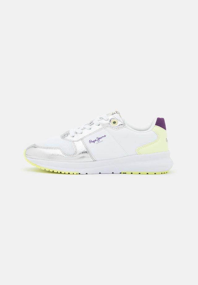 SAFFRON SOFT - Sneakersy niskie - white