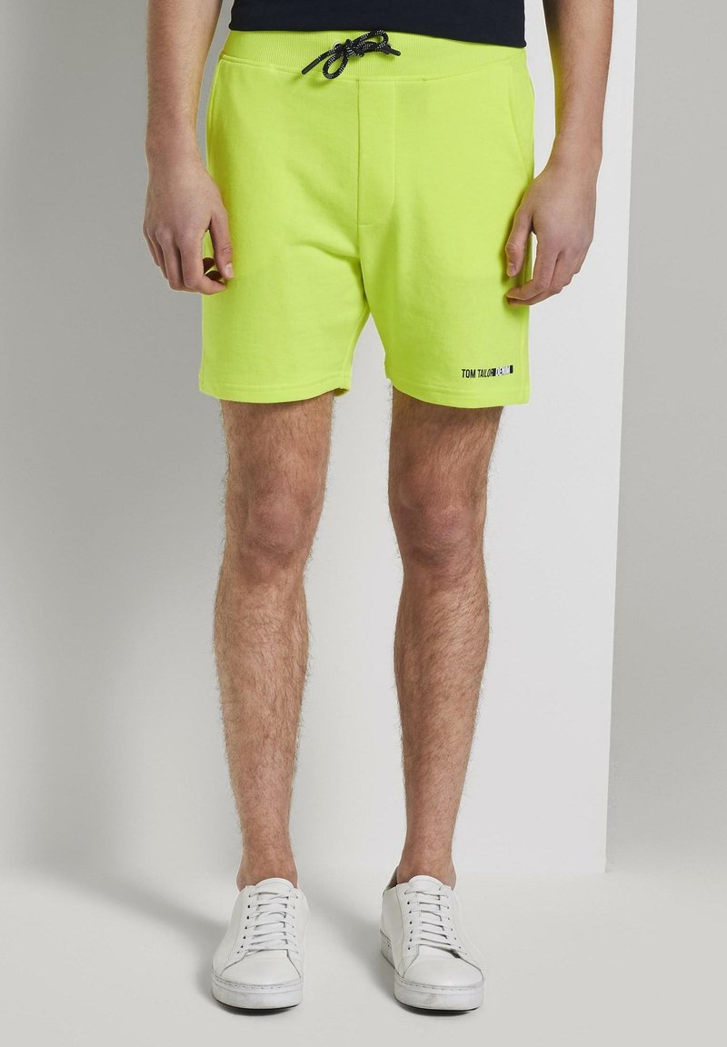 TOM TAILOR DENIM - Shorts - neon green