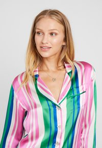 Hesper Fox - EVIE PRINT  - Pyjama top - pink/blue/white