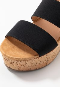 Steven New York - KEASHA - Sandály na platformě - black - 2