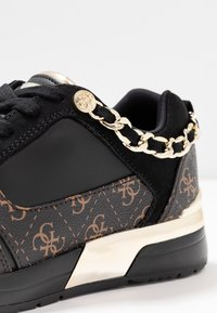 Guess - Trainers - bronze/black - 2