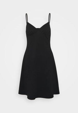 ONLMAIKA STRAP NIGHTWEAR DRESS - Negligé - black