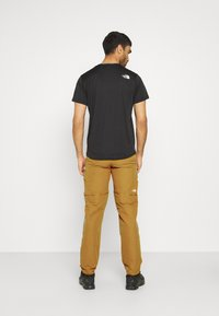 The North Face - LIGHTNING CONVERTIBLE PANT  - Trousers - timber tan - 2