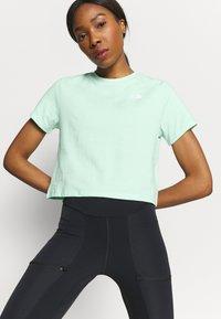 The North Face - FOUNDATION CROP TEE - Basic T-shirt - misty jade heather - 3