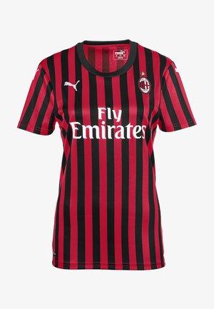Club wear - tango red -puma black