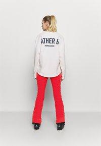 Burton - IVY OVER BOOT - Snow pants - hibiscus pink - 2