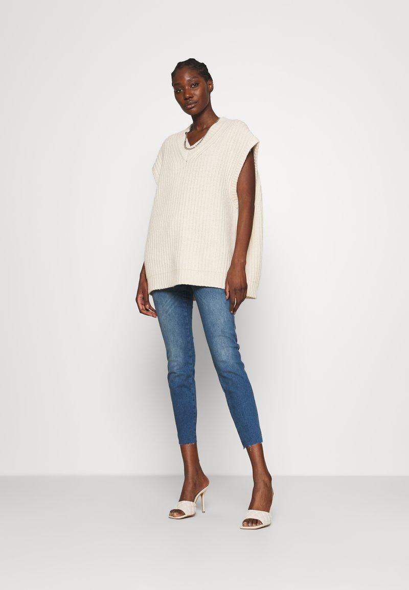 Mos Mosh - SUMNER SHINE - Slim fit jeans - blue