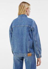 Bershka - Denim jacket - blue denim - 2