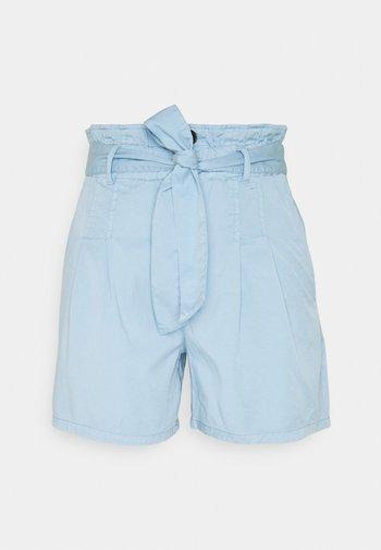 ONLPIPI LIFE PAPERBAG BELT - Shorts - allure