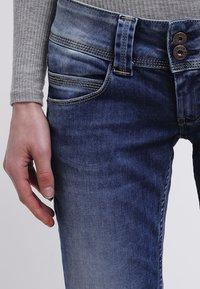 Pepe Jeans - VENUS - Straight leg jeans - blanco - 4