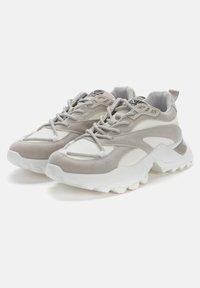 Crosby - Sneakers laag - white - 2