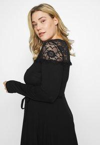 Dorothy Perkins Curve - VICTORIANA FIT AND FLARE DRESS - Sukienka etui - black - 3