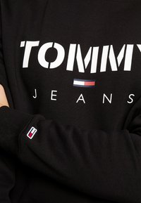Tommy Jeans - NOVEL LOGO CREW - Sweatshirt - black - 5