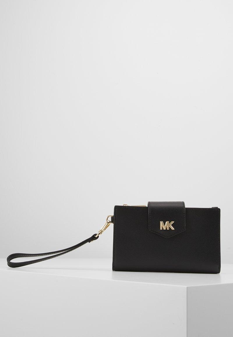 MICHAEL Michael Kors - SNAP WRISTLET - Wallet - black