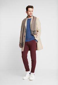 Lindbergh - CLUB PANTS - Trousers - red - 1