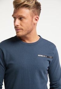 Petrol Industries - Sweatshirt - petrol blue - 3