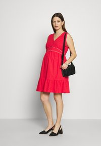 Balloon - DRESS WITHOUT SLEEVES WRAP NECKLINE - Vestito di maglina - red - 1