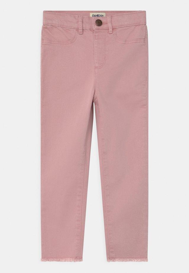 Vaqueros slim fit - pink