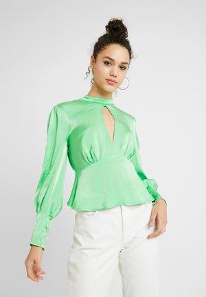 MILA - Blusa - green