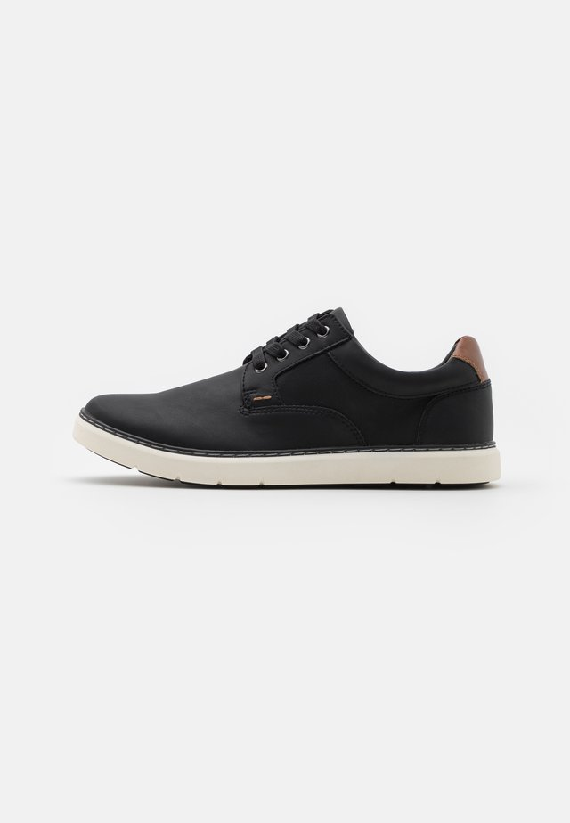 MACRO - Casual lace-ups - black