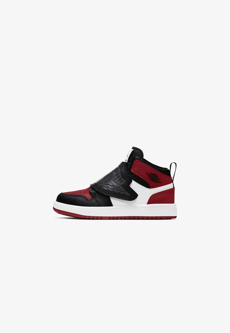 Jordan - SKY 1 UNISEX - Basketball shoes - BLACK/ANTHRACITE-VARSITY RED-WHITE