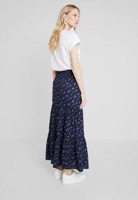 PEPPERCORN - SKIRT FLOWER PRINT - Maxi skirt - dark blue - 2