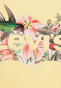 Levi's® - THE PERFECT TEE - Print T-shirt - batwing fill hummingbird golden haze - 2