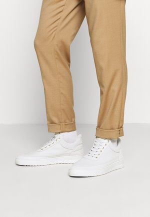 LOW TOP RIPPLE CERES - Sneakers basse - off white