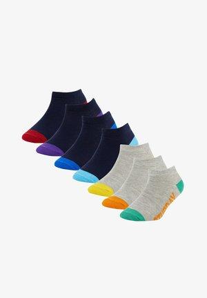 7 PACK - Socks - karma