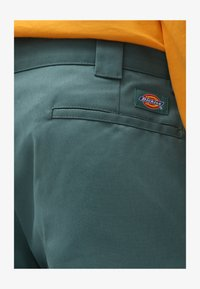 Dickies - Trousers - lincoln green - 3