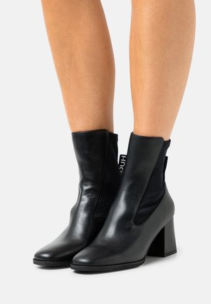BOOTIE - Classic ankle boots - black