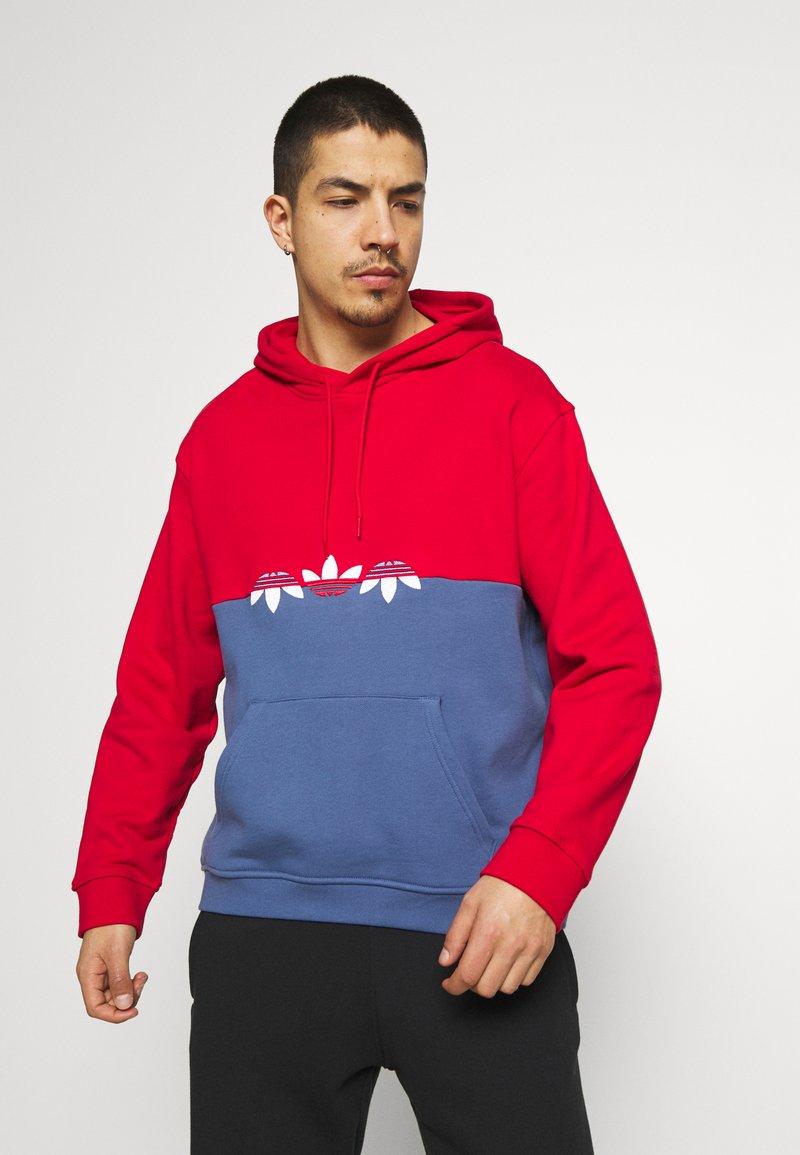 adidas Originals - SLICE HOODY - Hoodie - crew blue/scarlet