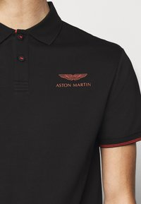 Hackett Aston Martin Racing - DYNAMIC LINES - Poloshirt - black - 5