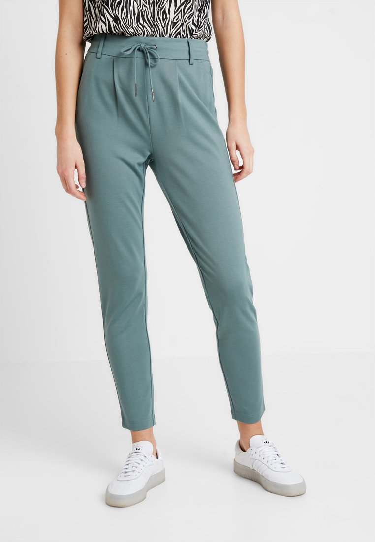 ONLY - POPTRASH EASY COLOUR  - Tracksuit bottoms - balsam green