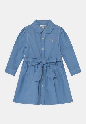 OXFORD DAY DRESS SET - Abito a camicia - sky blue