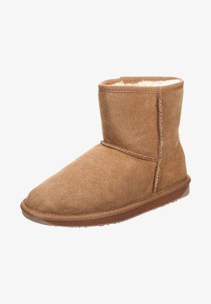 STINGER MINI - Winter boots - chestnut