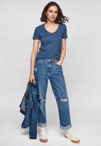 s.Oliver - Basic T-shirt - faded blue - 1