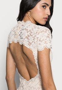 Rosemunde - LONG LACE DRESS OPEN BACK SHORT SLEEVE - Occasion wear - soft ivory - 3