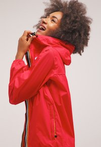 K-Way - LE VRAI CLAUDETTE - Waterproof jacket - red - 3