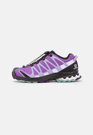 XA PRO 3D V8 GTX - Trail running shoes - royal lilac/lavender/slate
