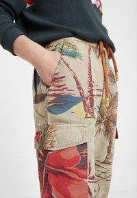 Desigual - Teplákové kalhoty - brown - 3