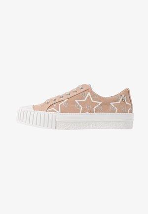 NETTIE - Sneakers - pink