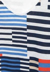 Cecil - MIT SMOK-DETAILS - Print T-shirt - blau - 4
