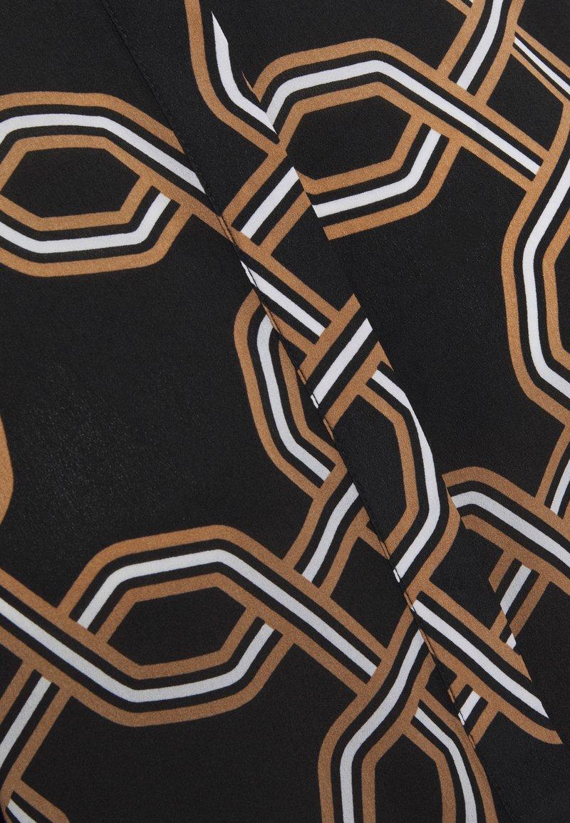 comma LANGARM - Bluse - black/schwarz ajhKPe