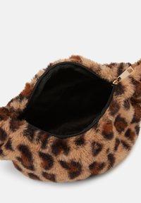 Lindex - BAG BUM LEO - Bum bag - light brown - 2