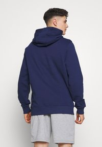 Fanatics - NFL ICONIC PRIMARY COLOUR LOGO GRAPHIC HOODIE - Bluza z kapturem - navy - 2