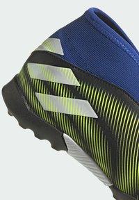 adidas Performance - NEMEZIZ.3 LACELESS TF FUSSBALLSCHUH - Astro turf trainers - black - 10
