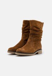 Gabor Comfort - Vysoká obuv - cognac - 2