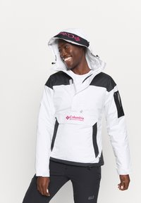 Columbia - CHALLENGER - Winter jacket - white/black - 4