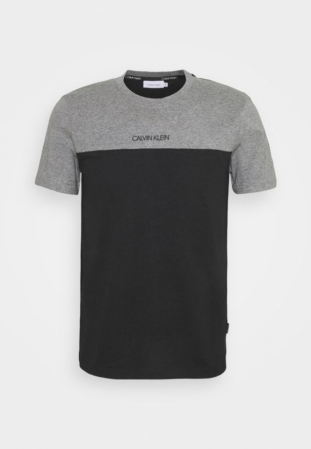 COLOR BLOCK - T-shirt imprimé - grey